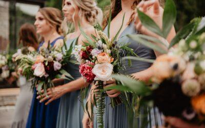 Bruid en bruidsmeisjes: samen van de try-out tot de grote dag